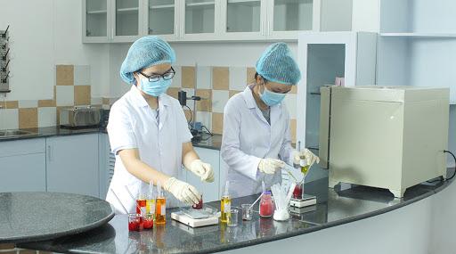 Công nghệ chế biến tinh dầu và hương liệu mỹ phẩm